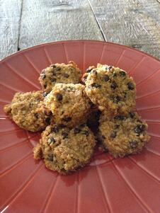 vegan_chocolate_chip_nutter_butter_quinoa_cookies